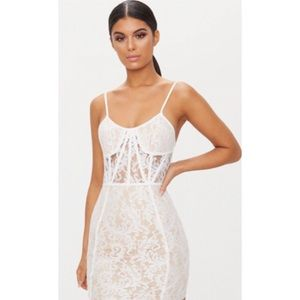 NEW WITH TAGS! White Lace Bodycon Dress